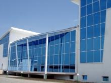 Ленточное остекление металлопластиковыми окнами